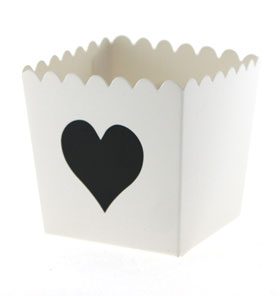 White with Black Heart Scallop Favour Box