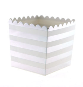 Silver Foil Stripe Scallop Favour Box